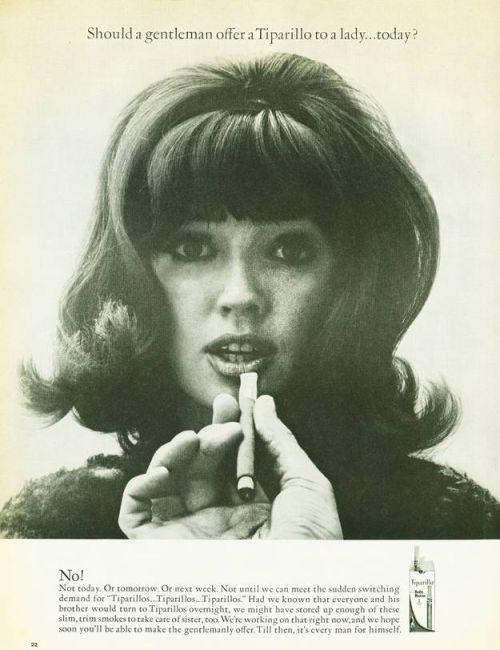 Niemoralna propozycja - falliczny podtekst w reklamie papierosów
